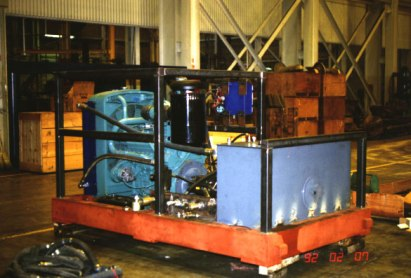 Vulcan 2300A power pack during assembly at Vulcan's Chattanooga facility. With its direct drive, variable displacement pump and electric controls, the power pack shown was a significant advance from its earlier power units.