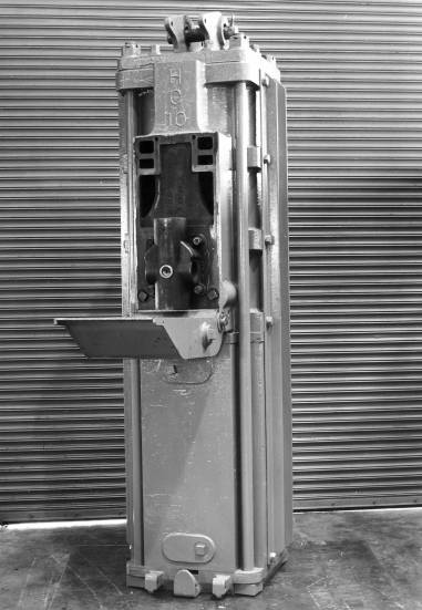 """HC-10 Airmizer hammer, with a 10,000 lb. ram. The """"front door"""" of the hammer both protected the fluid valve from being hit (the MKT and Nilens hammers did not) and allowed for easy access. Vulcan wags, however, would say that easy access was necessary with a fluid valve, which was a long-standing Vulcan peeve."""