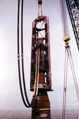 A Vulcan 5150 owned by McDermott driving large diameter pile using a conical transition piece. The setup worked but the transition pieces, which are still used with offshore wind turbines, are not the optimal way to adapt the hammer to the pile.