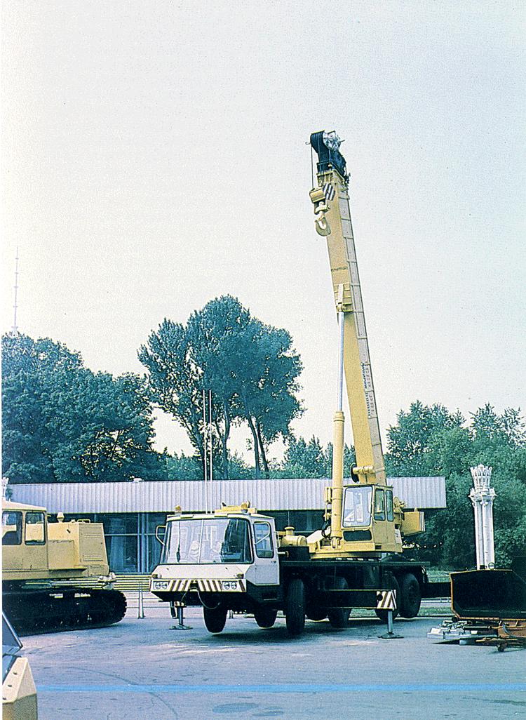 40-ton-truck-crane