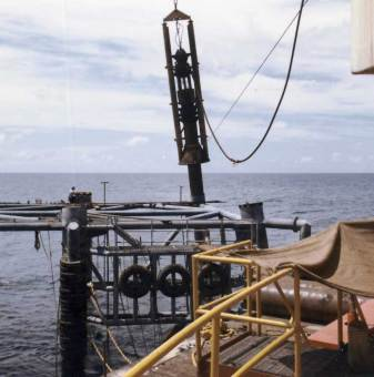 A Vulcan 040 driving pile off of Ingram's barge, 1966.
